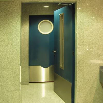 Технические металлические двери и способы их оформления